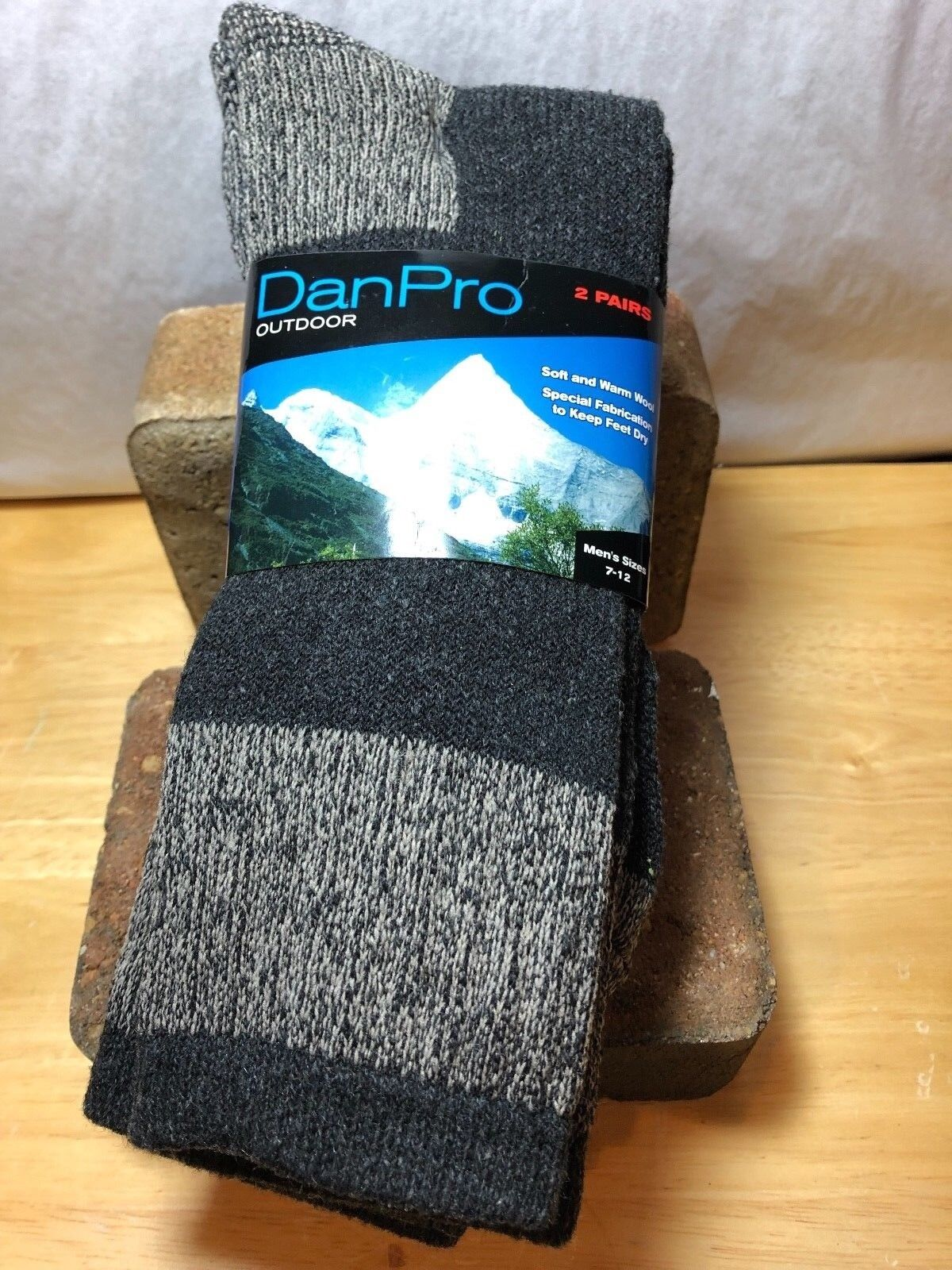 2 PAIRS DANPRO OUTDOOR MIXED WOOL SOFT AND WARM MENS  CREW SOCKS SIZE 7-12 Clothing, Shoes & Accessories