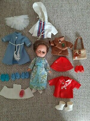 SWEET 1960s AMANDA JANE JOB LOT( DOLL WITH CLOTHES)