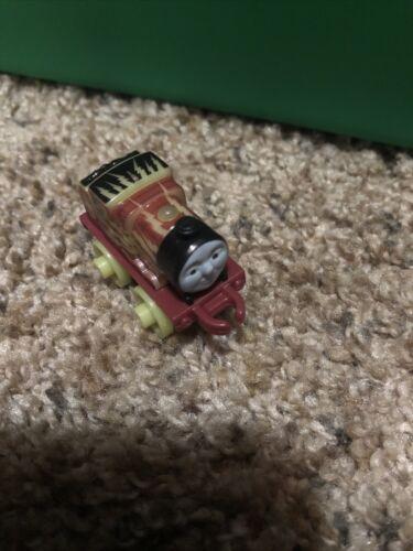 Thomas Minis Glow In The Dark James  - $3.00