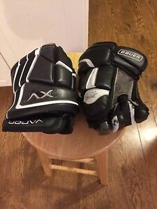 Bauer hockey gloves size 13