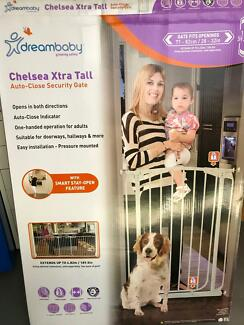 Dreambaby Child Security Gate Xtra Tall