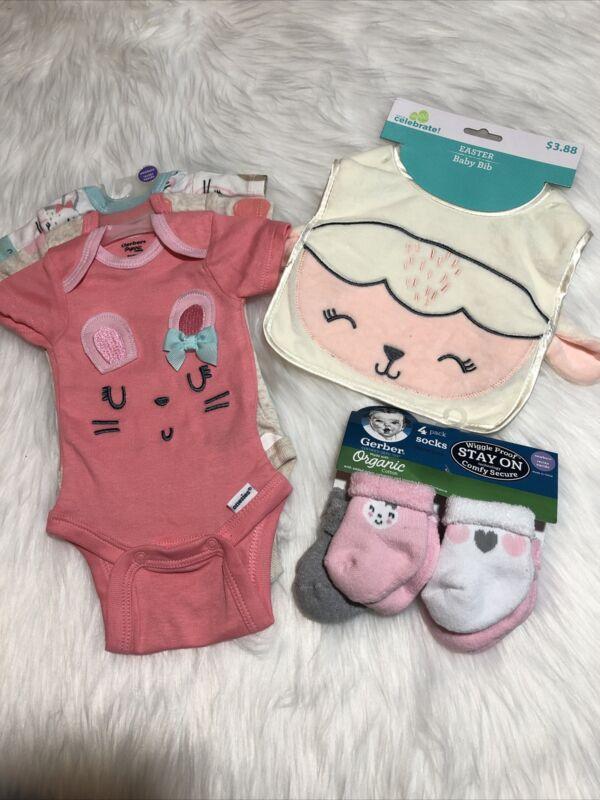 Gerber Organic Onsies Lot Newborn Baby Girl Socks, Bib Bunnies