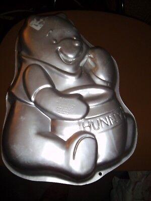 "WILTON 1995 Disney ""Winnie The Pooh"" Cake Pan Jello Mold 2105-3000 Hunny"