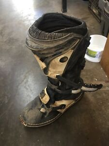 Thor size 11 dirtbike boots