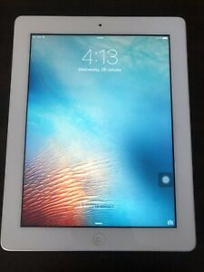 White iPad 3rd Generation 16GB Wifi Cellular 2012