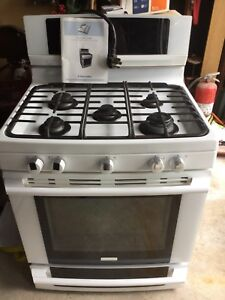 """30 """" Free Standing Wave Touch Dual Fuel Range Electrolux"""