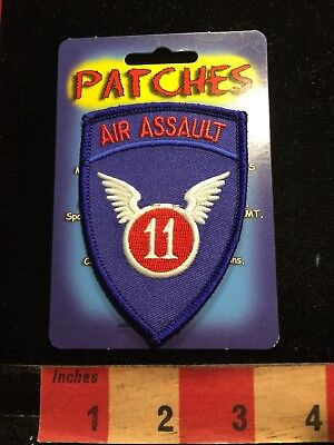 US ARMY 11th AIR ASSAULT PATCH (New Old Stock) 86I3