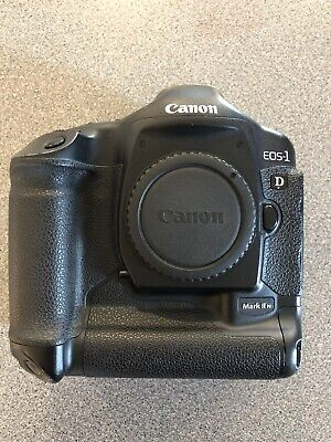 Canon EOS 1D Mark II 8.2MP Digital SLR Camera Body, Battery And Charger