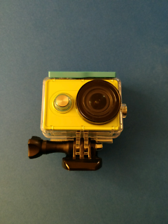 Yi action camera with waterproof case + 2 more batteries