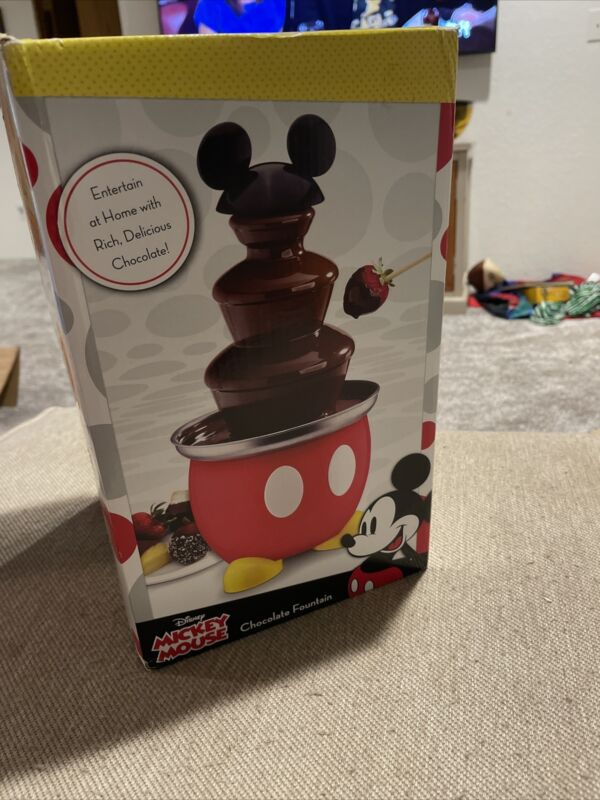 Mickey Mouse Disney Kitchen Chocolate Fondue Fountain Set Fondue DCM-50 Red