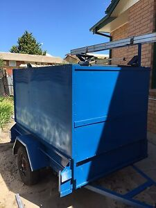 3in 1 cage trailer converted into enclosed trailer- camper Huntfield Heights Morphett Vale Area Preview