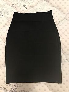 Black bandage skirt XS