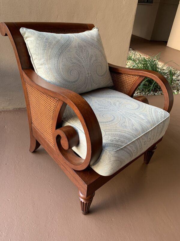 **Pristine**Ethan Allen British Classics Berwick Arm Chair 13-7137 Up Fabric