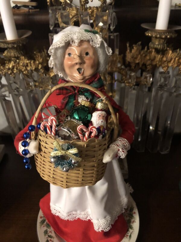 """Accessory Handmade For Byers Choice Carolers 3 1/2x3"""" Height 4"""" Ornaments"""