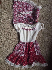Old Fashioned Girls Dresses. Take all 6/$15.00.  Size 2