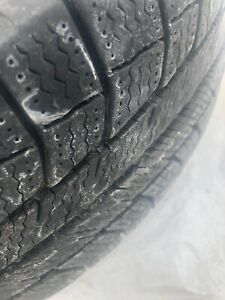 215/70 R16, 4 MICHELIN winter tires with rims..