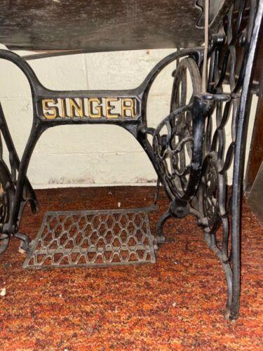 Antique Singer Sphinx Treadle Sewing Machine 1910