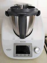 THERMOMIX - ALMOST NEW - LATEST MODEL WITH BONUS THERMOSERVER Adelaide Region Preview