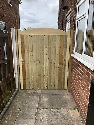 Solid Bow Top Timber Gate. Bespoke Wooden Gates Made To Order. Treated