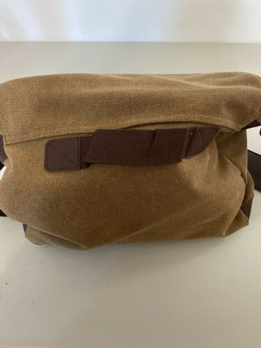 gregg norman messanger bag canvas and leather . New with tags 3