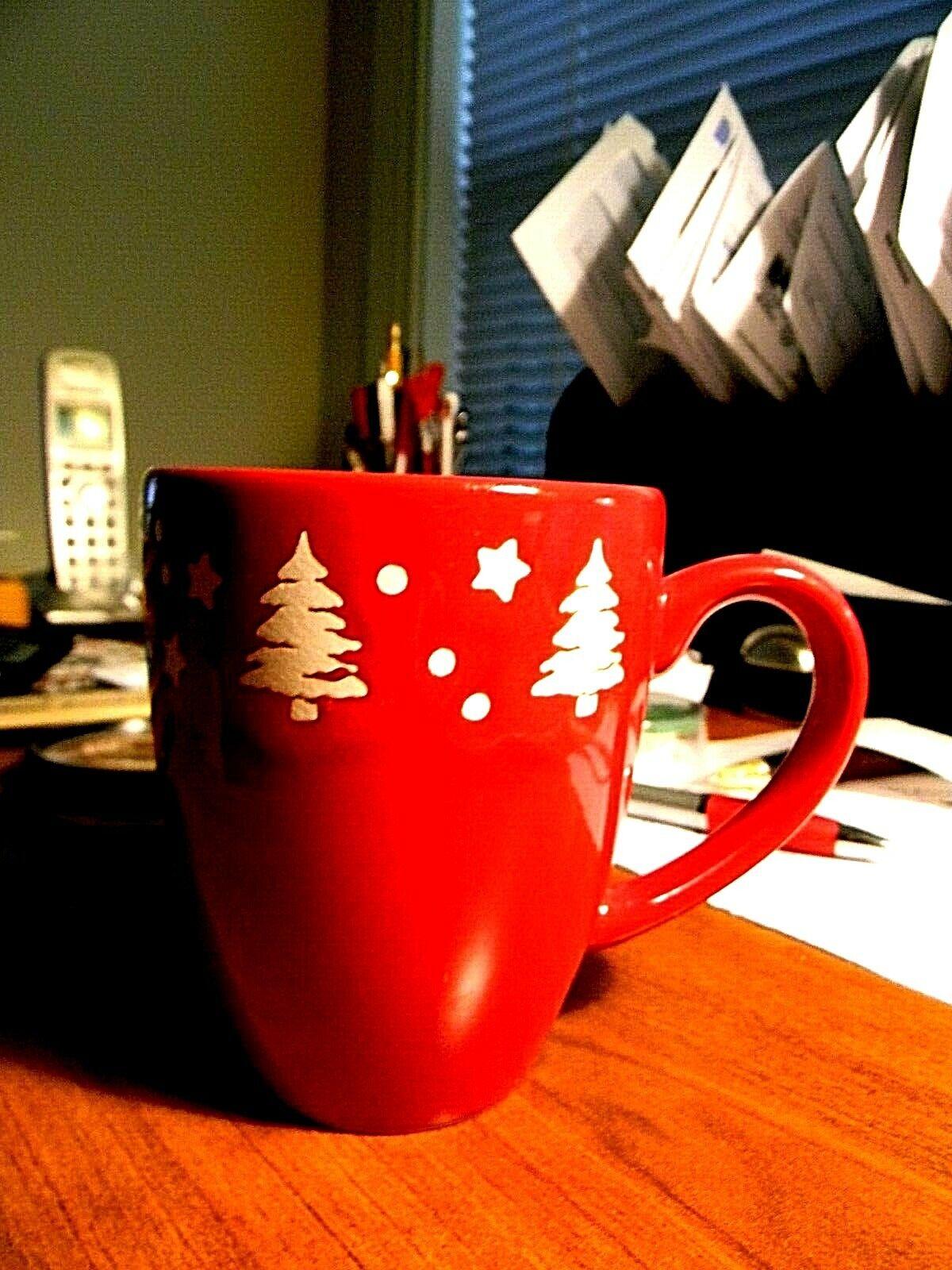 Waechtersbach Germany Fun Factory Christmas Holiday Red Mug