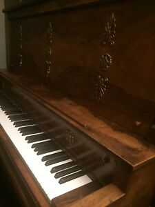 Piano - free antique