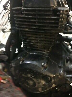 <em>YAMAHA</em> XT125 2009 COMPLETE RUNNING ENGINE WITH STARTER MOTOR