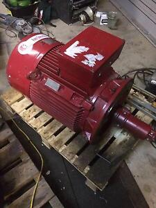 HUGE 37kw 3 phase electric motor 415V SIEMENS 1LE1503-2AA53-4AA4 Abbotsbury Fairfield Area Preview