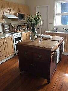 UNIQUE BURLEIGH COTTAGE AVAILABLE IMMEDIATELY Miami Gold Coast South Preview
