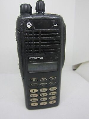 Motorola Mtx8250 128ch 800mhz Police Fire Two Way Radio Aah25uch6du9an