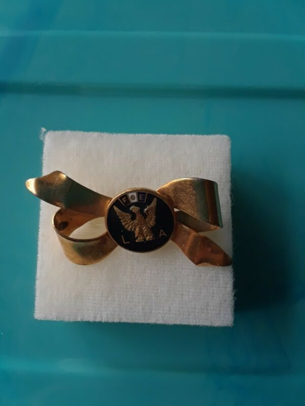 Vintage FOE LA eagle Pin