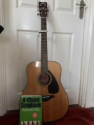Yamaha FG700S Acoustic Guitar With Cappo And Chord Songbook