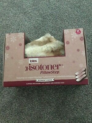 BNIB Totes Isotoner Pillow Step Slippers size 5/6