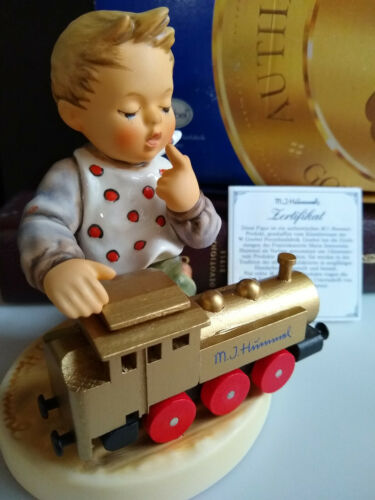 Goebel Hummel Collectible Figurine FULL SPEED AHEAD 1ST ISSUE Gold Train Box