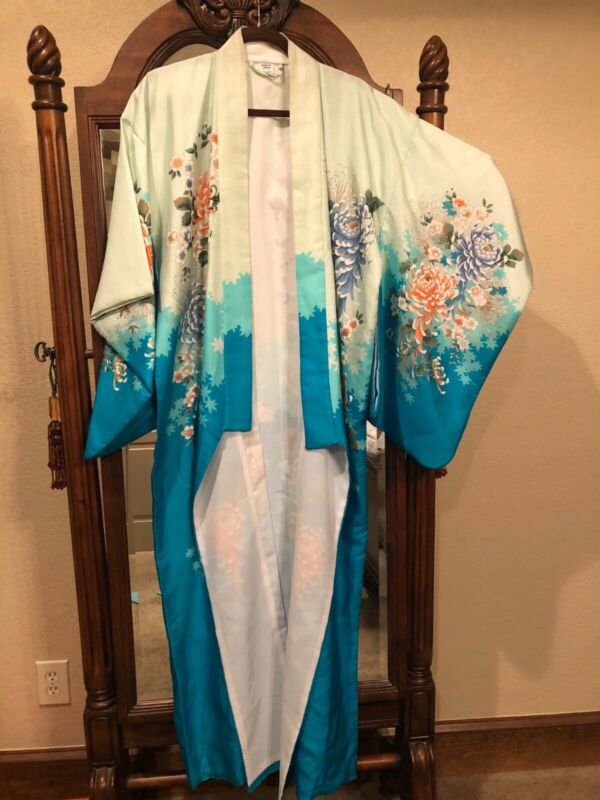 Kimono Robe 100% Silk made in Japan floral/teal NWT