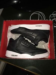 Jordan 3 cyber Monday size 11  Cambridge Kitchener Area image 1
