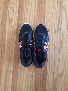 New balance running shoes size 9.5