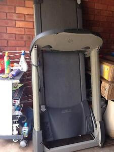Treadmill - divorce sale! Sylvania Waters Sutherland Area Preview