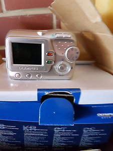 Camera only used once or twice giveaway at this price Salisbury Salisbury Area Preview