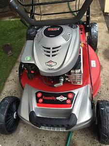 The New Lawn mover with good condition Fairfield Fairfield Area Preview