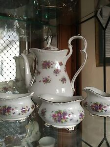 Violetta 18 Piece Tea Setting By Royal Albert England Tallegalla Ipswich City Preview