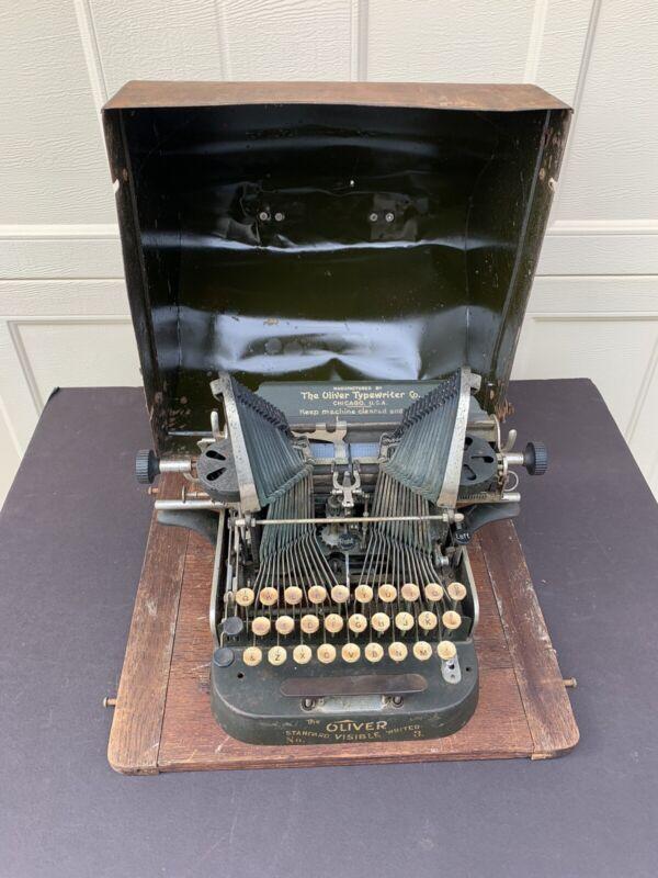 Vintage Oliver # 3 Typewriter With Original Case
