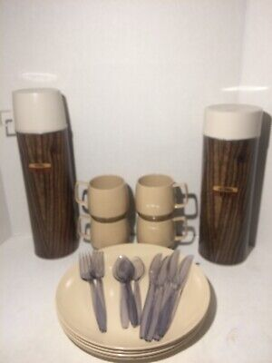 Vintage Thermos Brand Picnic Set 2 Thermoses, Plates, Cups And Utensils With Bag