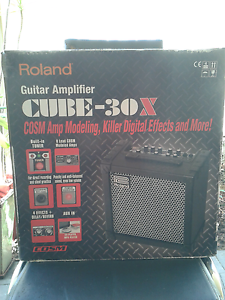 Roland Cube amp 30w mint Currambine Joondalup Area Preview