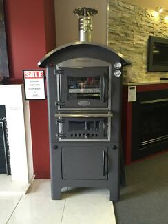 Wood Fired Pizza Oven Fontana RRP $7499 Includs delivery to Bris. Browns Plains Logan Area Preview