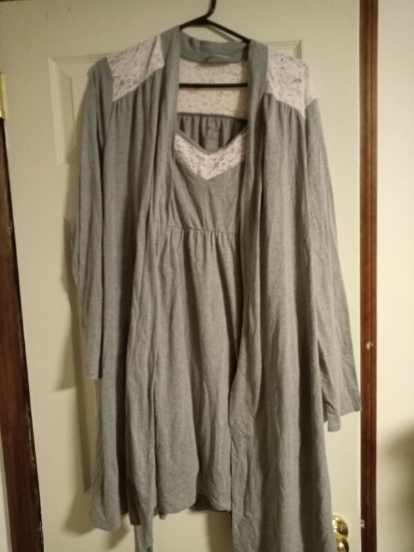 Motherhood maternity size Large Robe W   Maternity Nursing Nightgown nwt