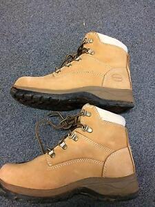 Oliver Woman work boots steel cap safety shoe size 39 Brisbane City Brisbane North West Preview