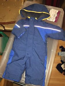 Baby boy snowsuit Kitchener / Waterloo Kitchener Area image 3