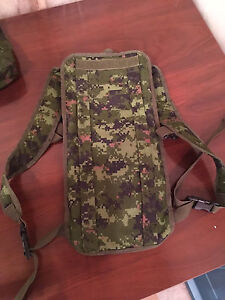 Insulated Hydration Pack - CADPAT