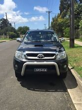 2010 Toyota Hilux SR5 turbo diesel Denham Court Campbelltown Area Preview